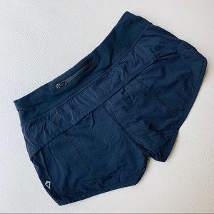 Ivivva black size 10 shorts